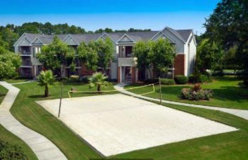 Apartment For Rent In 1800 Grove Point Rd Savannah Ga